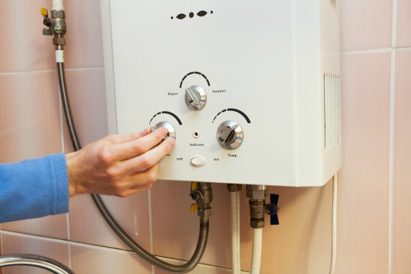 will my water heater work during a power outage?