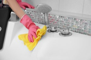 natural cleaning solutions for showers